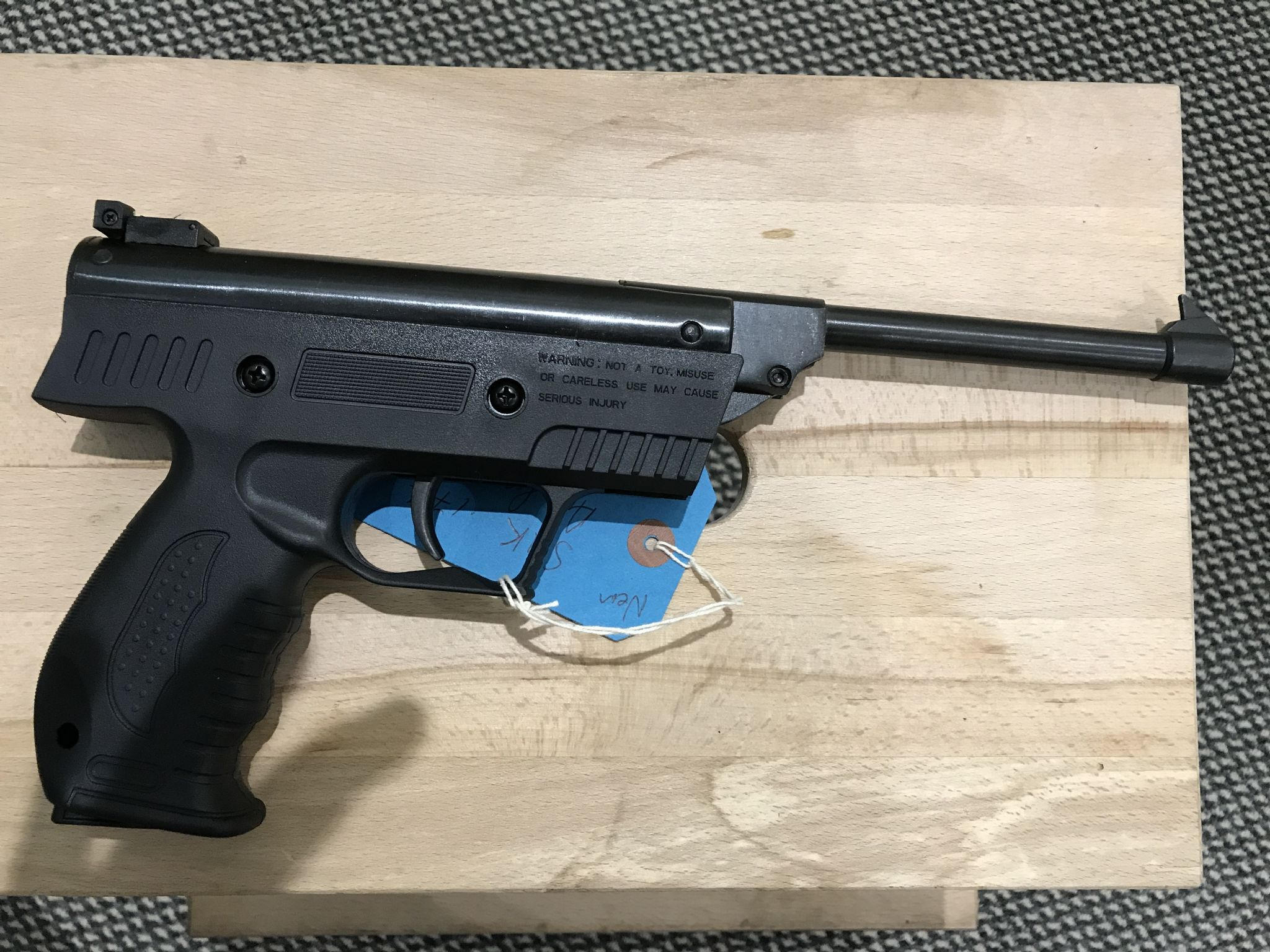 177 SMK XHS3 Break Barrel Air Pistol